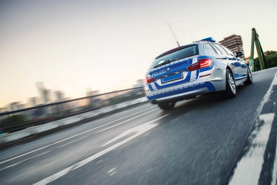 Kriminalstatistik 2018 Limburg: Polizeiwagen in Aktion. | Neues Limburg