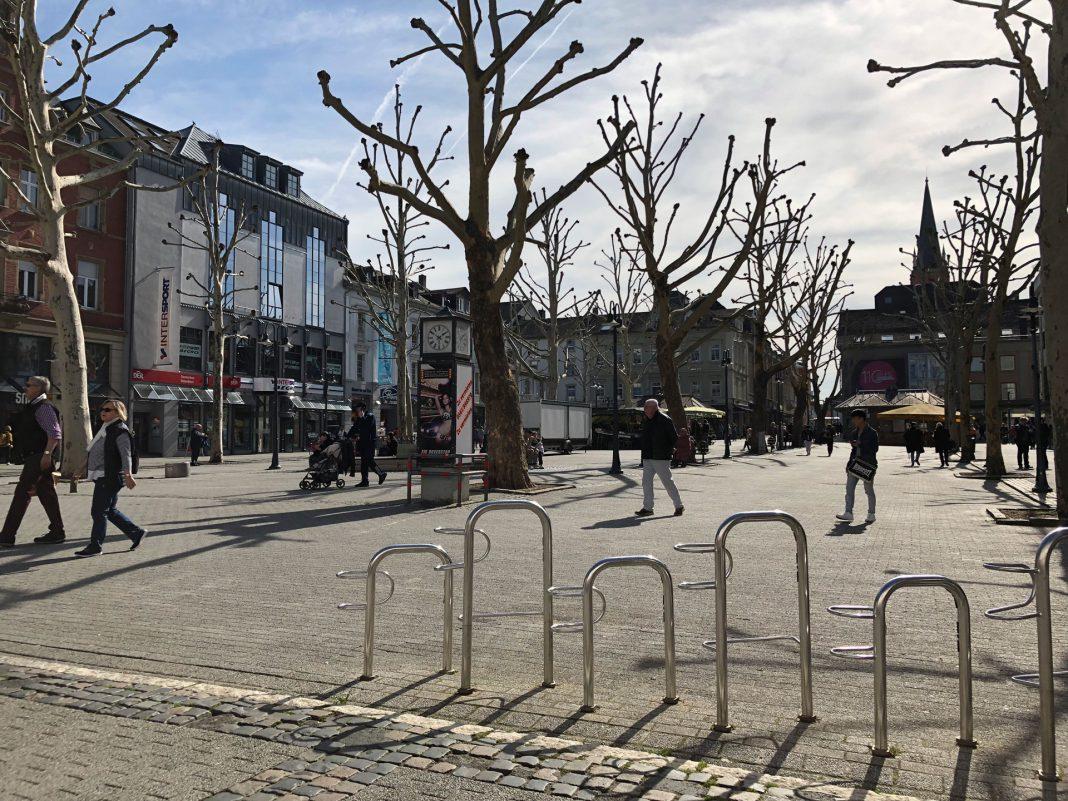 Der trostlose Neumarkt im März dieses Jahres. © Luís Matos