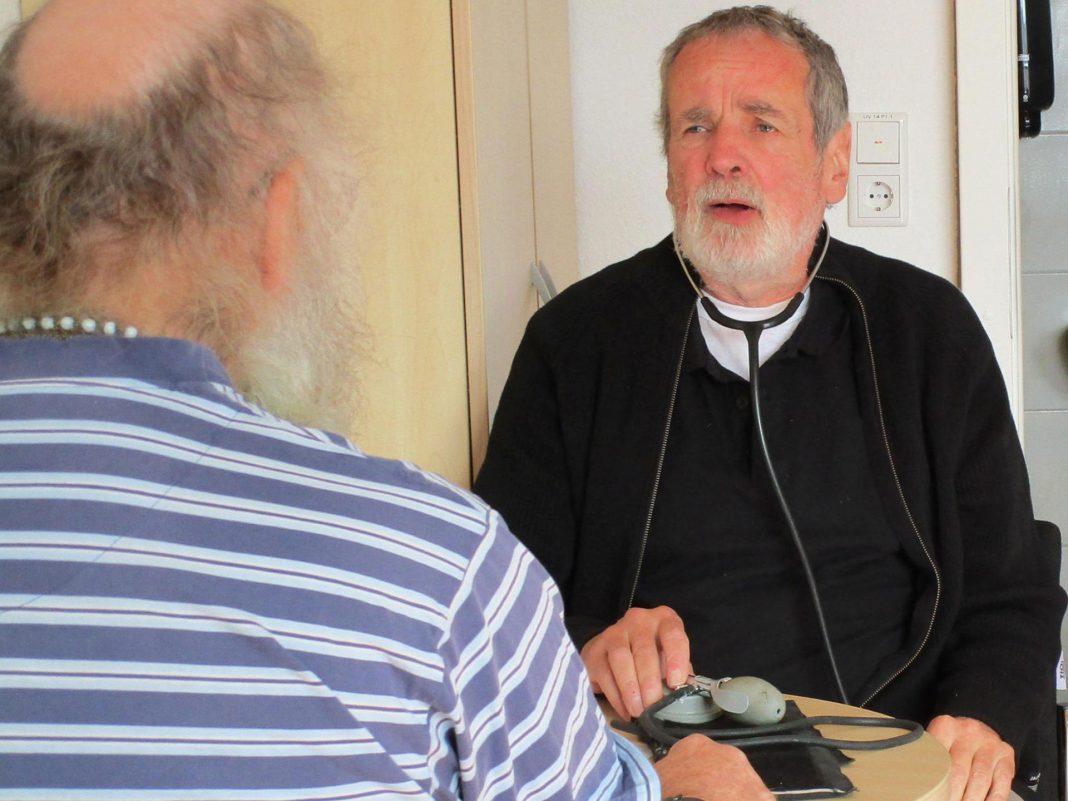 Achim Lauer bietet jeden Dienstag ab 9 Uhr in der Rudolf-Schuy-Straße 8 eine ganz besondere Sprechstunde an. Und zwar eine für Wohnsitzlose, für Menschen in prekären Lebenssituationen und nicht krankenversicherten. © Stadt Limburg